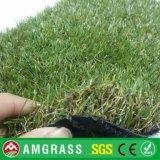 дерновина травы 40mm Landscaping искусственная для садов кладя настил