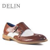 Новая конструкция перфорирование смешивать цвета мужчин повседневная обувь из натуральной кожи