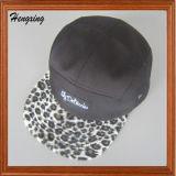 Etiqueta tejida encargo Leporad 5 paneles Sombrero