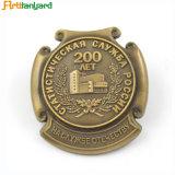 Insigne métallique personnalisé avec logo en relief