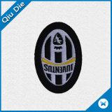 Customzied hecha de tejido personalizado bordado del logotipo de fútbol