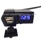 3.1A Motorcycle 2 in 1 Dual USB Port Phone Charger Voltímetro LED azul Carregador de carro USB com tampa impermeável