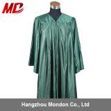 Vert de forêt brillant adulte de robe de graduation de lycée