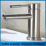 Modèle blanc neuf de robinet de bassin de trou du placage un, robinet de bassin d'eau chaude