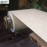 Le long temps de service a enduit la bobine d'une première couche de peinture en acier pour faire la feuille de toiture