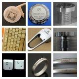Laser die van de Vezel van de Plaat van de Naam van het Etiket van het Metaal van de Desktop 20W 30W de Snijdende Machine voor Juwelen/Metaal merken