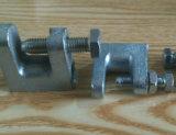 電流を通された可鍛性鋼管のハンガーのトップ・ビームクランプ