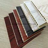 Panneaux de mur composés en plastique en bois de tailles normales