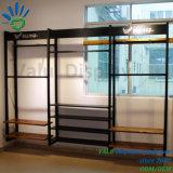 Metall und hölzerne Kleidung-Wand-Regal-Wand-Bildschirmgeräte