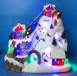 Décoration de Noël Polyresin 12'' LED de la Scène de montagne avec le train en mouvement et le ski Enfant, huit chansons de Noël