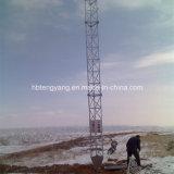 Drei mit Beinen versehener Guyed Stahlaufsatz-Fernsehturm