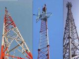 電流を通された三本足のコミュニケーション管状の鋼鉄レーダータワー