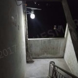 Tutti in un indicatore luminoso di notte della parete del giardino del sensore solare