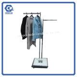 Hängendes Kleidung-Doppeltes versah Slatwall freie stehende Bildschirmanzeige-Zahnstange mit Seiten