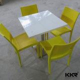 Jantando tabela e cadeira ajustadas do restaurante da mobília