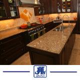 Санта Сесилия желтым гранитом кухонном столе на кухне/здание