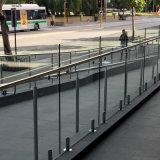 バルコニーのガラス手すりのステンレス鋼の栓のプールのガラス柵