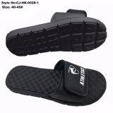 Nuevo diseño superior de masaje al por mayor zapatillas hechas por el hombre de goma EVA para
