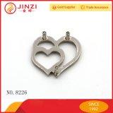 مزدوجة قلب شكل عالة معدن علامة تجاريّة بطاقة لأنّ حقيبة جهاز