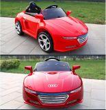 Автомобиль игрушки малыша PP безопасности привода электрического автомобиля Audi пластичный