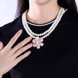 Collar plástico del grano de las mujeres del collar de la flor del grano de la perla