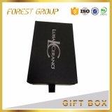 Коробка черного ящика упаковывая с штемпелевать логоса серебряный