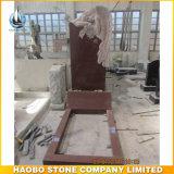 Monumento rosso del granito con il Headstone delle statue intagliato angelo