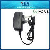 イギリスのMains 5V 3A 15W Wall Mounted Adapter 5.5*2.5mm