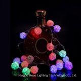 Luzes feericamente da esfera solar do Rattan para o Natal ao ar livre (RS1013)