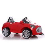 Conduite de 2017 gosses sur le véhicule électrique en plastique de jouet du bébé RC