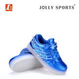 Pattini chiari di sport della carica LED di modo delle calzature per i capretti delle ragazze dei ragazzi