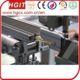 Máquina que hace espuma que introduce de la tira de papel para el perfil de aluminio