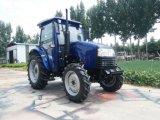 Tractor agrícola con cargador frontal y retroexcavadora