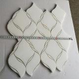 Мозаика мрамора стены плитки кристаллический белой смешанной раковины надувательства Popolar водоструйная