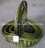 Зеленый плетеной корзины для рождественские украшения