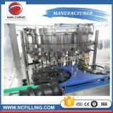 Machine de remplissage de bidon de boisson/ligne carbonatées complètement automatiques de fabrication