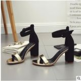 Оптовая торговля рыбой под сандалии за круглым столом с перебоями с римскими обувь