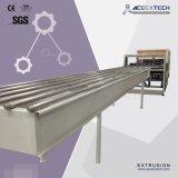 De Samengestelde Tegel die van pvc Machine voor Koloniale Tegel/de Tegel van het Bamboe/de Synthetische Tegel van de Hars maakt