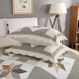 Покрывало гостиницы качества Quilt Washable постельных принадлежностей установленное облегченное для подгоняно