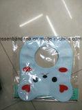 Le produit d'usine a personnalisé les bavoirs rouges de câble d'alimentation de bébé du Jersey de coton d'impression de modèle