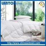 Die China-Lieferanten-Hotel-Baumwolle 100%, die steppt weiß ist unten