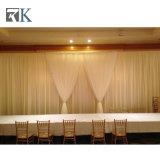 A tubulação dos casamentos de Rk e drapeja para o casamento e o partido da decoração