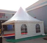 Barraca relativa à promoção do Pagoda do partido do evento da exposição do banquete de casamento romântico