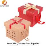 Un conjunto de compras personalizada bolsa de papel de regalo