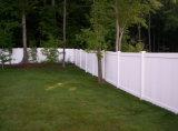 Cercado de protección del jardín blanco del color