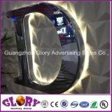 Progettare lo stampaggio ad iniezione per il cliente del bicromato di potassio LED che fa pubblicità al segno del pilone