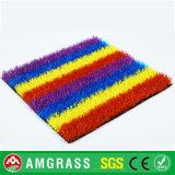 Erba corrente sintetica della pista e tappeto erboso artificiale