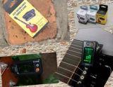 クリップ(ET-31)が付いているギターそして低音のチューナー