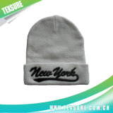Broderie menotté acrylique Beanie Hat/Cap d'hiver en bonneterie (056)