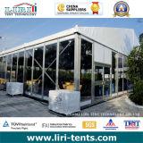 Telhado de telhado Ferrari Tent com paredes de vidro para casamento